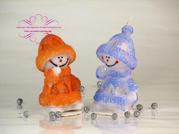 Свеча Снеговик в свитере. Высота: 9 см. Роз./100 руб. Опт./60 руб. (от 30 шт.)