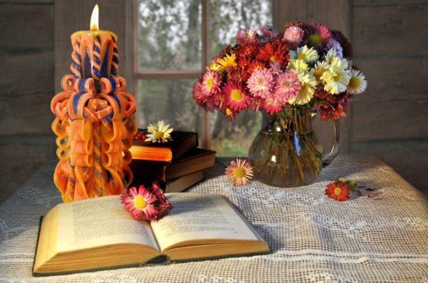 свеча резная 22 см