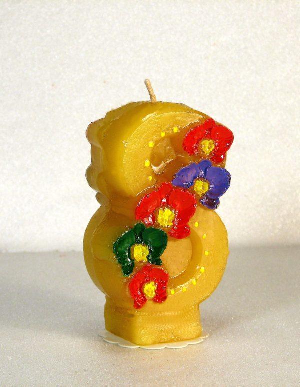 свеча к 8 марта желтая с цветами